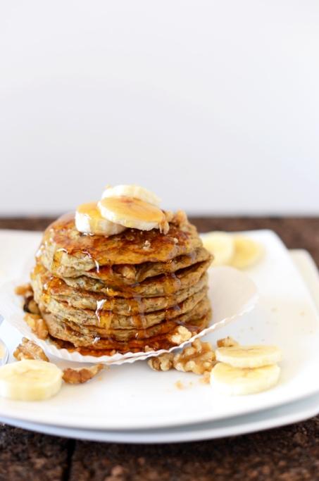 Banana-Nut-Muffin-Pancakes